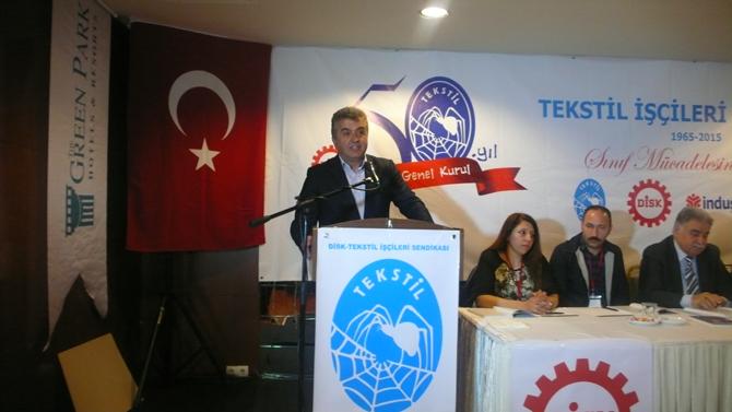 CHP Genel Başkan Yardımcısı ve Basın-İş Sendikası Genel Başkanı Yakup Akkaya konuşuyor
